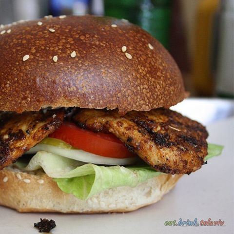 Benz burger chicken old fashion flavor israel foodie tlv telavivfoodhellip