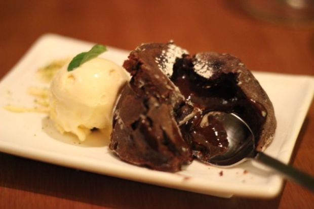 House of Ho, Molten Carou Chocolate Cake