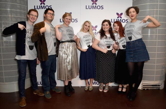 LONDON, ENGLAND - SEPTEMBER 18: Martin Wickens, Alex Shebar, Katy English, Evanna Lynch, Katie Brennan, Ashlegh O'Connell and Charlie Elliott supporting the Lumos launch of its 'Be the Light' T-shirt to raise funds for its work to help end the institutionalization of children around the world at The Hospital Club on September 18, 2016 in London, England. (Photo by David M. Benett/Getty Images for Lumos) *** Local Caption *** Martin Wickens;Alex Shebar;Katy English;Evanna Lynch;Katie Brennan;Ashlegh O'Connell;Charlie Elliott