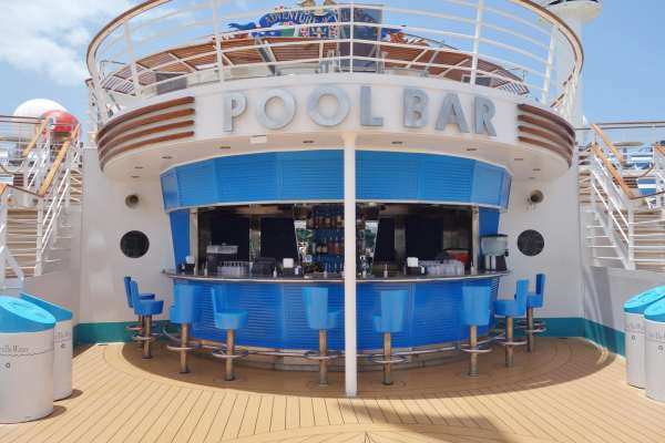 Pool Bar on Adventure of the Seas