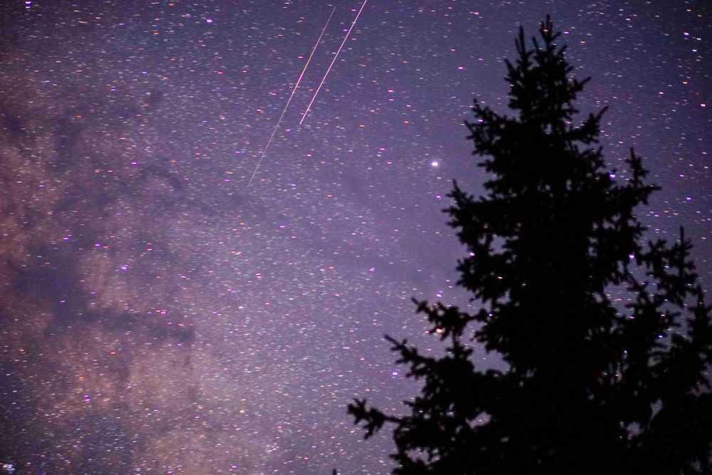 Beautiful stars and shooting stars too at Francie's Cabin!
