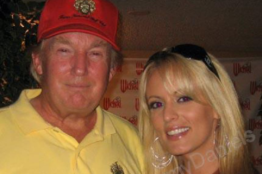 Donald Trump With Stephanie Clifford Stormy Daniels In