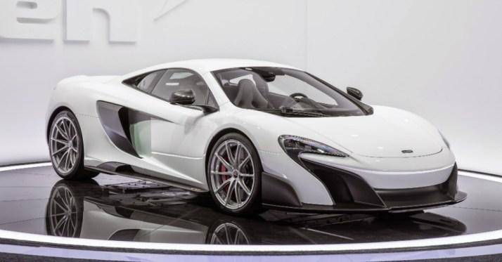 01.02.16 - 2016 McLaren 675LT