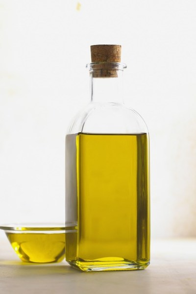 Olive Oil Treatment:  Get Rid of Head Lice Naturally