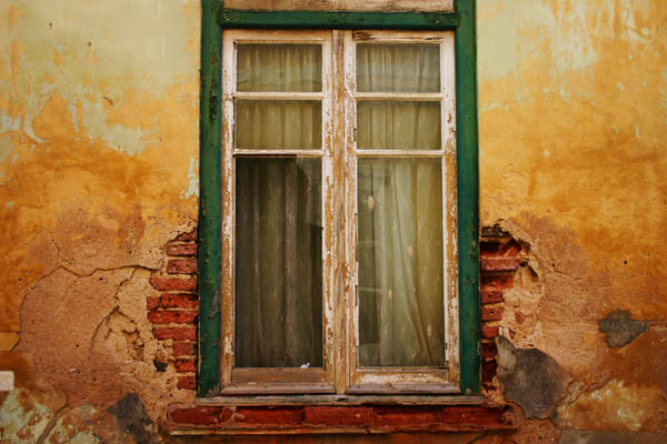 Five coolest ways to reuse broken windows