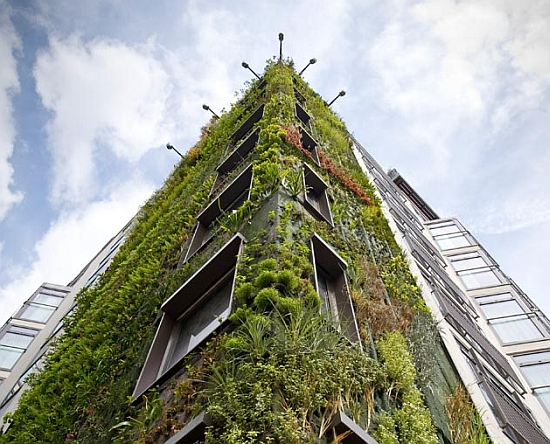 vertical garden london 1