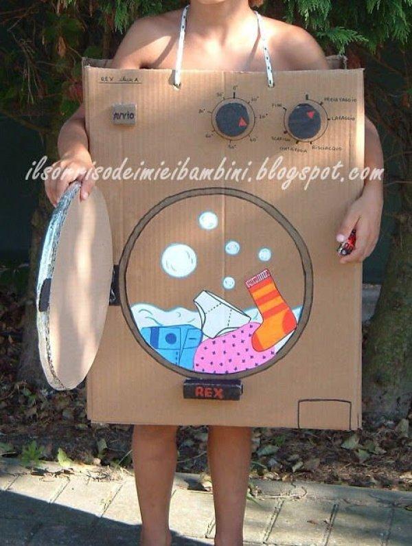 Disfraz de lavadora con carton