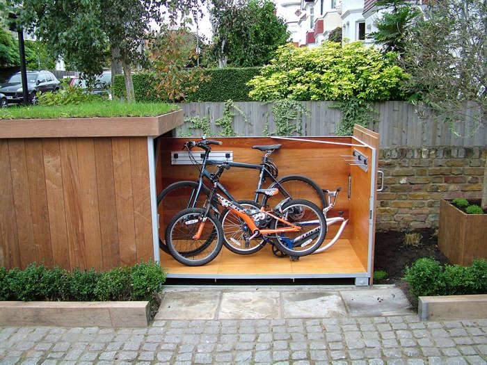C mo construir un garaje para bicicletas con techo verde for Casetas para guardar bicicletas