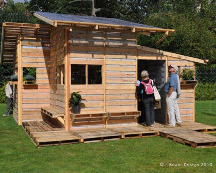 Como construir una casa con palets en un s lo d a - Como hacer una casa con palets ...