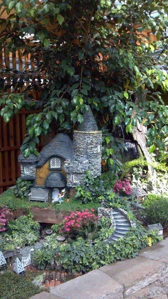 Increíbles casas de piedra en miniatura5