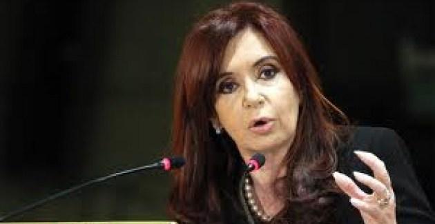 Con ironía y ataques a los medios CFK anuncia inversiones en el Sarmiento