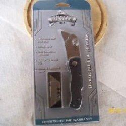 Master Usa Razor Blade 440 Stainless Steel Utility Knife (Extra Blades /Clip)