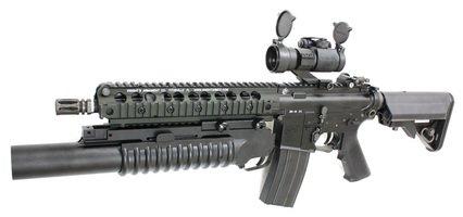 【大特価】KAAG71 Knight's SR-16 E3 CQB Carbine 電動ガン【スペシャル4点セット】