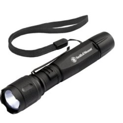 Smith And Wesson Galaxy Elite 2 Aa Cree Tactical Flashlight