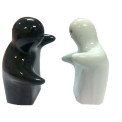 Gift Love People Pepper And Salt Shaker Set
