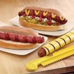 Outset 76179 Hot Dog Spiral Cutter