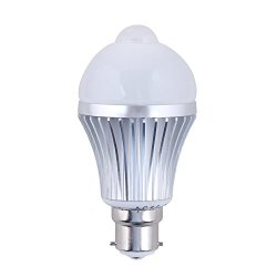 Daffodil Leb305B - Motion And Light Sensitive Pir Led Light Bulb - Automatic Motion Sensor Activated - B22 Bayonet Fit Energy Saving - Cool White