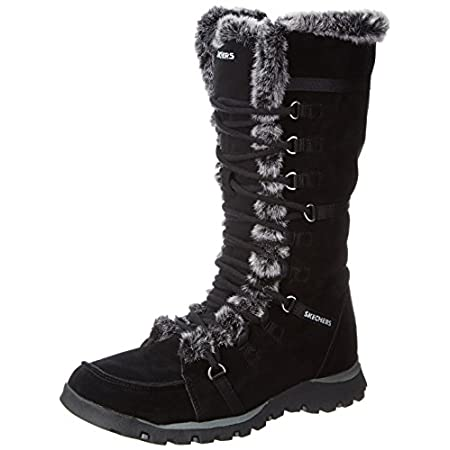 Invite a little warmth into your cool evenings with the Grand Jams boot from Skechers. Plush faux-fur trim envelops the collar with heart-warming style. Supple suede upper wraps your calf in sporty elegance to heat up the night.