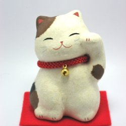 "Smiling Maneki-Neko Fortune Cat Lucky Cat Paper-Mache 3.2"" Tall Calico"