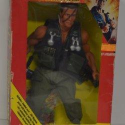 "Commando The Movie Schwarzenegger 16"" Figure"