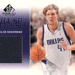 Dirk Nowitzki Jersey Card 2003-04 Sp Game Used Dallas Mavericks