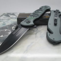 Tac Force Assisted Opening Rescue Glass Breaker Zombie Hunter Design Hunting Camping Tatical Pocket Knife