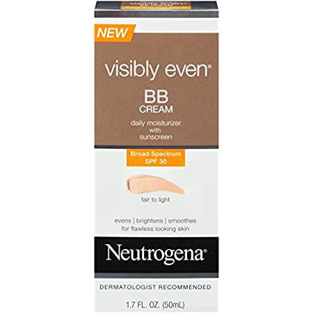 This tinted, lightweight, non-greasy moisturizer contains essential soy to visibly reduce the signs of blotchiness and discoloration, as well as help minimize the look of freckles and dark spots. Natural light diffusers immediately reflect light and ...