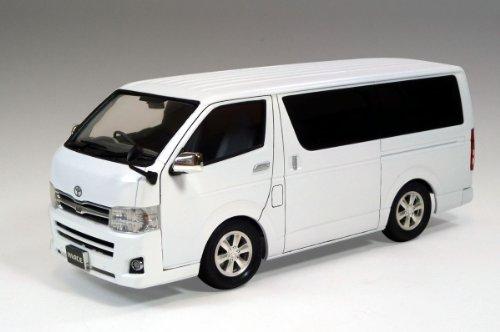 1/24 ミニバン No.07 200系ハイエース スーパーGL '10モデル