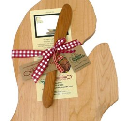 Michigan Maple Cutting Board With Cherry Wood Cheese Spreader Gift Set Lower Peninsula Mitt Shaped Board