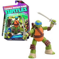 Playmates Year 2013 Nickelodeon Teenage Mutant Ninja Turtles Battle Shell Series 5 Inch Tall Action Figure - Leonardo With Shell That Pops Open For Weapon Storage Plus 2 Katana Swords, 2 Throwing Knives And 2 Shuriken Stars