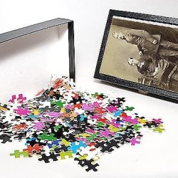 Photo Jigsaw Puzzle Of Costume/Photo By Watson