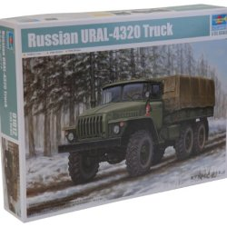 Trumpeter Russian Ural-4320 Truck Model Kit