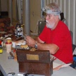 Leather Sheaths With Joe Keeslar (An American Bladesmith Society Dvd)