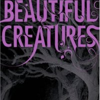 Review: Beautiful Creatures by Kami Garcia and Margie Stohl