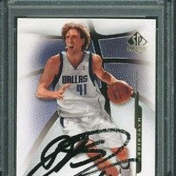 Mavericks Dirk Nowitzki Signed Card 2008 Sp #65 Slabbed - Psa/Dna Certified - Nba Slabbed Vintage Cards