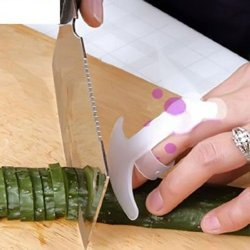 Top Plaza 2X Hand Finger Guard Protector Knife Chop Cut Slice Helper Kitchen Home Gadget Tool