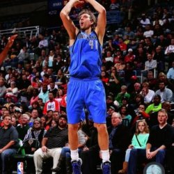 Dirk Nowitzki Dallas Mavericks 2013-2014 Nba Action Photo 8X10