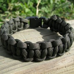 United Cutlery Uc2814 Elite For Ces Military Paracord Survival Bracelet, Od Green