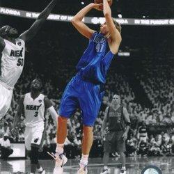 Dirk Nowitzki Game 1 Of The 2011 Nba Finals Spotlight Action Photo (8 X 10)