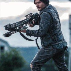 "10"" The Walking Dead Daryl Dixon Deluxe Figure"