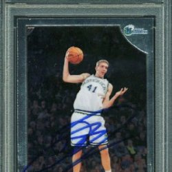 Mavericks Dirk Nowitzki Authentic Signed Card 1998 Topps Chrome Rookie Rc #154 Psa/Dna Slabbed