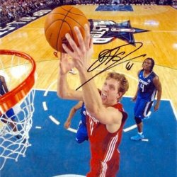 Dirk Nowitzki Autographed 8X10 Photo (Dallas Mavericks All Star Game) Image #7