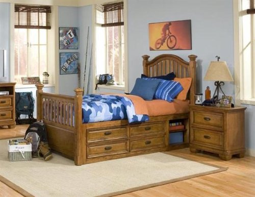 Image of 977 Expedition Low Poster Bedroom Set by Legacy Classic Kids (B0030NCYKI)