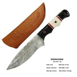 The Lion Heart Hunting Knife Damascus Steel Blade Horn And Bone Handle
