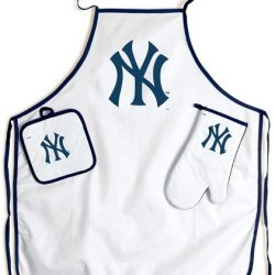 New York Yankees Grilling Apron Set Fan-Friendly Sports Includes A Matching Mit And Potholder