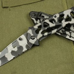 Serrated Speed Opening Desert Tan Digital Camo Rescue Knife Bk-870