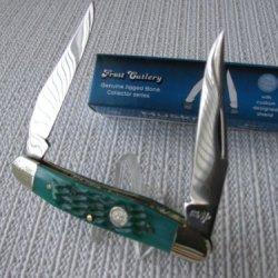 "Muskrat 3 7/8"" Emerald Green Jigged Bone Collector Folding Pocket Knife 14161Gjb"