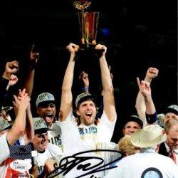 Dirk Nowitzki Autographed Dallas Mavericks (Finals Trophy) 8X10 Photo - Jsa