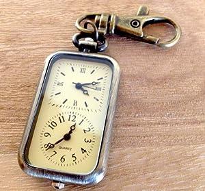 海外旅行対応 おしゃれなアンティーク調 時差時計 キーホルダー
