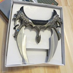 Double Wing Hand Dragon Claw Grip Dual Blade Fantasy Dagger Knife Hunting Knife With Stand